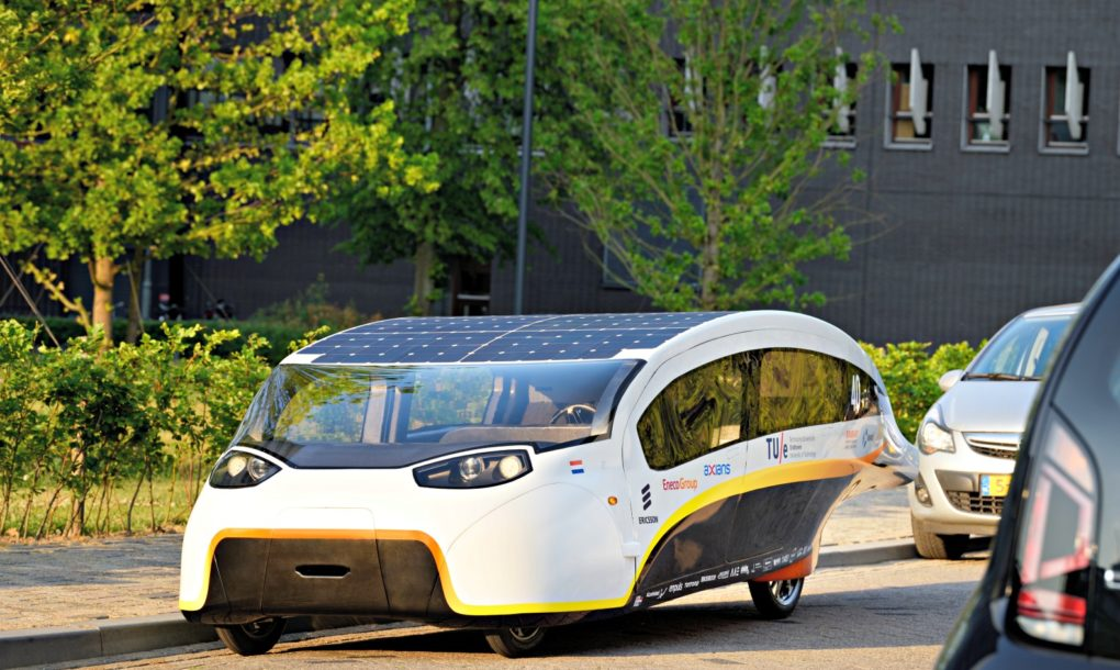 Stella-Vie-Solar-Car-6-1020x610
